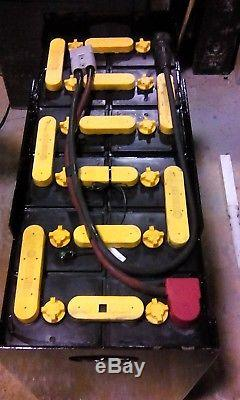 12-125-13 24 volt FORKLIFT BATTERY RECONDITIONED tested & serviced. VERY GOOD