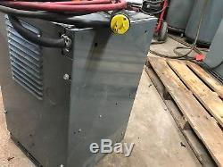 12 Volt Battery Charger 76a 120/208/240v Floor Scrubber Forklift Pallet Jack