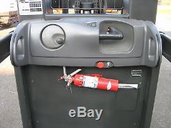 2005 RAYMOND ORDER PICKER 3000LB CAP 204 LIFT 42 FORKS WithBATTERY & CHARGER 24V