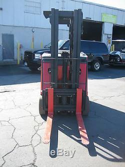 2006 RAYMOND FORKLIFT DOCKSTOCKER/PACER 3000# 188 LIFT 36V WithBATTERY & CHARGER