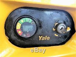 2006 Yale Walkie Stacker Forklift 24 Volt Industrial Battery & Charger