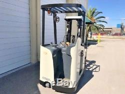 2007 Crown Electric Forklift, 2014 battery 10,577 hrs, charger available, RC5500