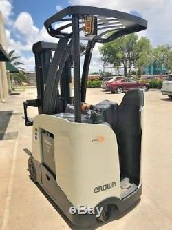 2011 Crown Electric Forklift, 2016 battery, 10,011 hrs, charger available