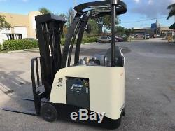 2011 Crown Electric Forklift, 2016 battery, 9708 hrs, charger available