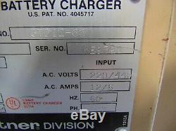 24 Volt Hertner Industrial Forklift Utility Battery Charger 680 AH 3 Ph 220/460V