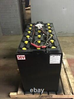 36 Volt Forklift Battery 18-125-17 Dim 38x20x30