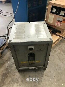 Auto Reg Forklift Battery Charger