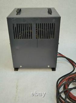 CEN 50 12-Cell 24V Battery Charger Forklift 12A0380S0A 115V 9A