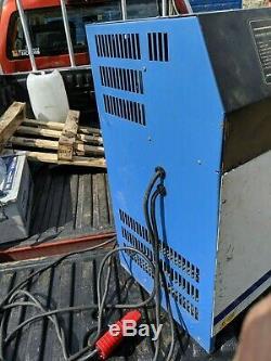 Chloride Motive Power 21s Forklift Battery Charger 24v 120amps