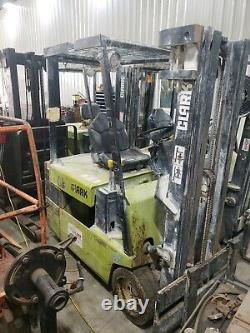 Clark TM25 Forklift Electric 36V 3000 Pound Capacity NO BATTERY OR CHARGER