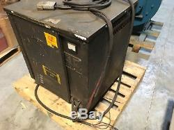 Fork Lift 36v battery charger, 18M875-9C22, 18cells, input 208/240/480v, rough