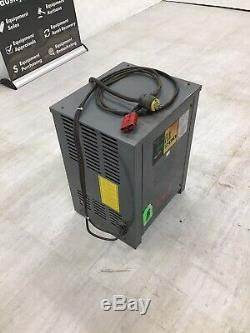 GNB FLX200 Battery Charger 24 Volt / 600AHR / 3 Phase