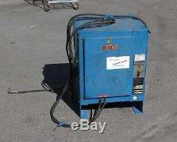 Gould Ferrocharger GFC12-450S1 Forklift Charger 24 V Out For Parts/ AS IS
