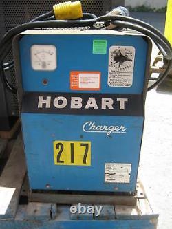 Hobart 15v Battery Charger Model# 1r6-432