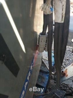 Hobart 24V Forklift Battery Charger 1ph. 208/240/480v, 120A Output 1R12-550