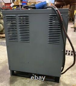 Hobart 48V Forklift Battery Charger 208/240/480V Model1050C3-24R