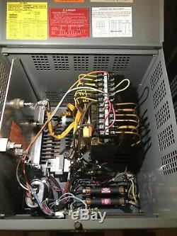 Hobart Battery Mate 24 volt Charger 451-510ah. 1 Ph. 208/240/480v Input. NJ
