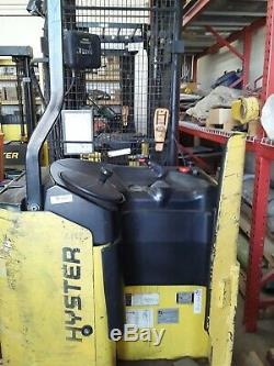 Hyster N40XMR2 Forklift N 40 with charger new batteries 10 years warrenty