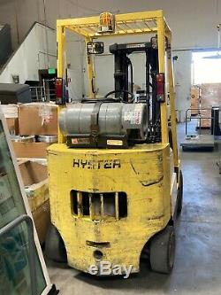 Hyster S55XMS 5000 lb Propane Forklift with Reconditioned Batteries & Charger