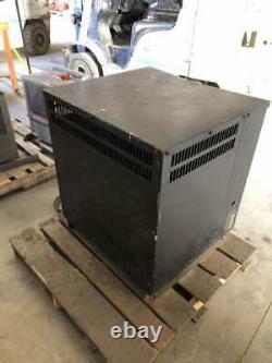 KW 18-225F3 2200 36V Forklift Battery Charger 451-725AH 18Cell 208/240/480V