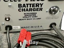 Lester Electrical Powr-Flite 24V DC 21 AMP Battery Charger EC24PF SB50 Red NEW