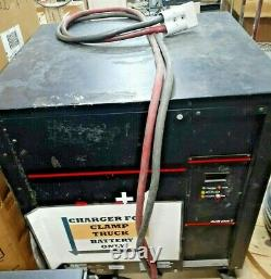 PlusOne dz/dt plus t, 36v industrial forklift battery charger