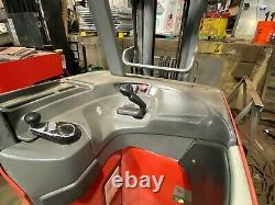 RAYMOND FORKLIFT DOCK STOCKER/PACER 3000# 188 LIFT 36V WithBATTERY & CHARGER