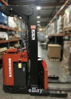 Raymond 2DI-DR25TT Electric ForkLift With Battery Charger, Fully Tested