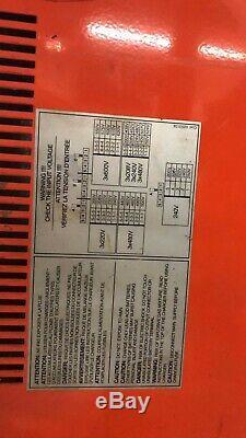 SR2400 Forklift Charger 36v