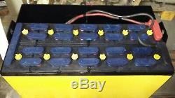 12-100-19 24 Volts Grille De Batterie Solaire Très Bon État. 900ah / 1125ah
