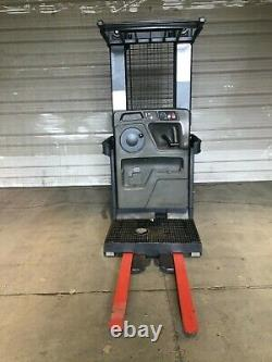 2013 Raymond Forklift Commande Picker 3000lb Capa. 197 42 Fourches Batterie/chargeur