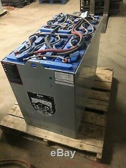 2017 36 Volt Enersys 18-125-17 Chariot Élévateur Batterie, Excellent État, Propre