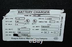 3b24-600l Ud25025 Chariot Élévateur Automatique 3 Phases Douglas Chargeur De Batterie 48 Volts