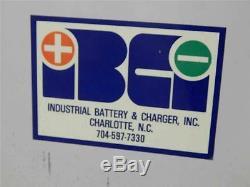 # 622 Electro Networks Chariot Élévateur Chargeur De Batterie 12 Cellules Dans 208-230 / 460v 24v