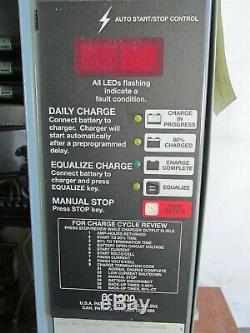 Accu-chargeur Chariot Chargeur De Batterie 36v, 150 Amp, 18 Cellules, 3 Ph, Ac1000 D8286