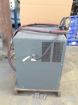 Ametek Batterie-mate 100 750c3-18g Type La Chargeur De Batterie De Chariot Élévateur 36v 150a