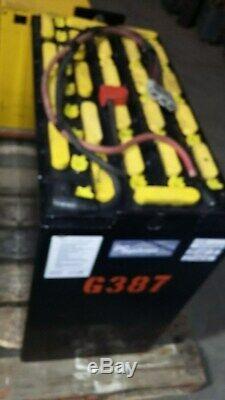 Batterie 48 Volts 24-125-9, 500ah. Bon Utilisé. Préparateur De Commande Batterie Jungheinrich