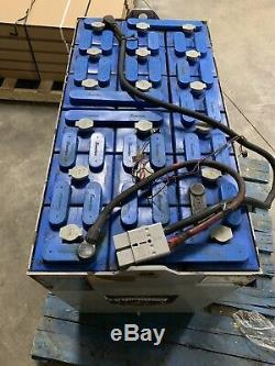 Batterie De Chariot Élévateur Reconditionnée De 36 Volts 18-125-17 Expédition Disponible