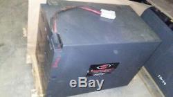 Batterie Sans Entretien Gnb-exide Element 24 Volts, Testée, Bonnes Cond. 700ah