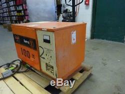 C & D Ferro Fp12hk550 24 Volt Chariot Élévateur Chargeur De Batterie