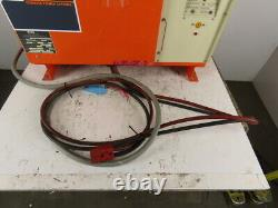 C & D Fr12hk550m Chargeur De Batterie De Chariot Élévateur Électrique 24v 550 Ah 208-230/460v 3ph
