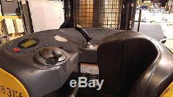 Cat Nr4000 Chariot Élévateur Et Chargeur De Batterie