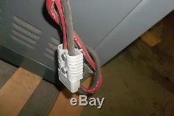 Chargeur À Fourgonnette 24 Volts 475 Ampères / H Gnb Chargeur Modèle Scr100-12-475