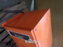 Chargeur De Batterie 208/240 / 460v De Camion D'ascenseur De Chariot Élévateur De Fourche De Technologies Fr12hk550 24v