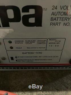 Chargeur De Batterie Automatique Apa 24 Parties, Pièce 205983, Modèle 21770, Usagé, Travail