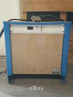 Chargeur De Batterie Chloride Motive Power, Chargeur De Chariot Élévateur Électrique