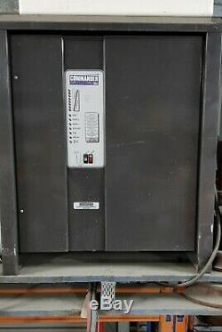 Chargeur De Batterie Commander Traction 24v 150amp Forlift Astc12 / 150