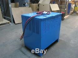 Chargeur De Batterie D3e-12-680, 24v 109amps Exide Profondeur