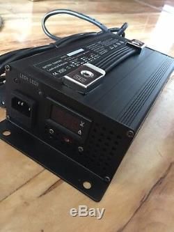 Chargeur De Batterie De Chariot De Golf De Yamaha De 48v Chariot De Pied De Batteries De 48volt 15amp De 48volt