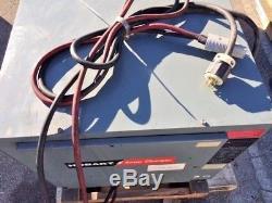 Chargeur De Batterie De Chariot Élévateur De Hobart 36 Volts 3 Phase 601-750 Ah